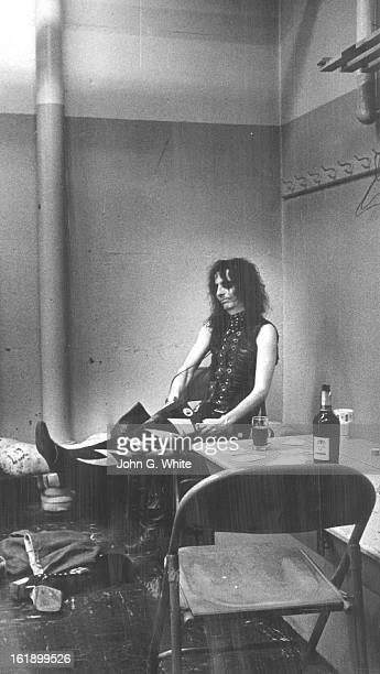 JAN 1972 FEB 23 1972 FEB 27 1972 Alice Cooper Ind