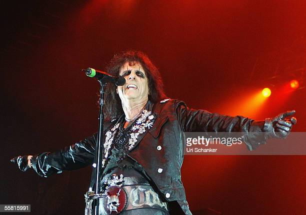 Alice Cooper performs at Hard Rock Live at the Seminole Hard Rock Hotel and Casino on September 27 2005 in Hollywood California