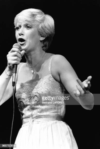 Alice Dona sur la scène de l'Olympia lors de sa Première le 21 septembre 1979 Paris France