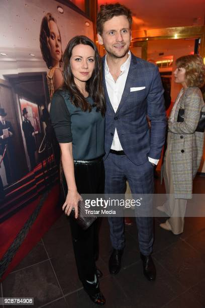 Alice Dwyer and Steve Windolf during the premiere of 'Ku'damm 59' at Cinema Paris on March 7 2018 in Berlin Germany