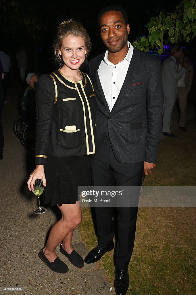 Alice Eve (L) and Chiwetel Ejiofor attend The Serpentine Gallery summer party at The Serpentine Gallery on July 2, 2015 in London, England.