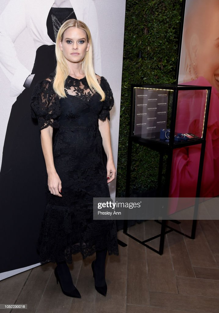 ELLE's 25th Annual Women In Hollywood Celebration Presented By L'Oreal Paris, Hearts On Fire And CALVIN KLEIN - Hearts On Fire : News Photo