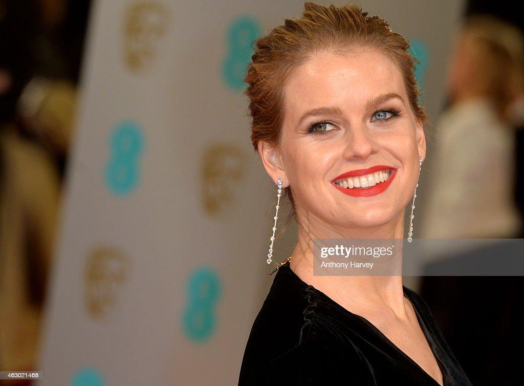 EE British Academy Film Awards 2015 - Red Carpet Arrivals : News Photo