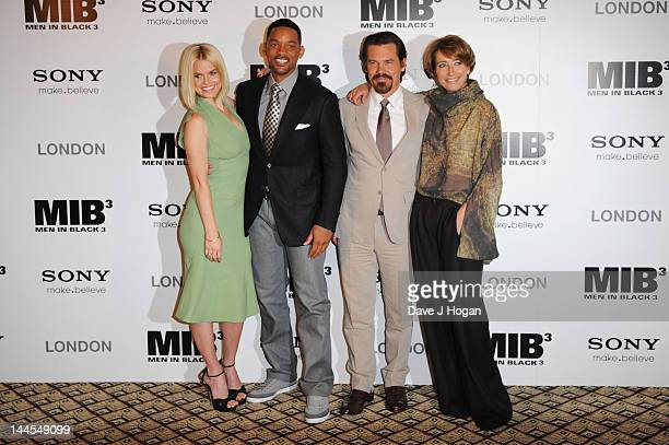 Alice Eve Will Smith Josh Brolin and Emma Thompson pose at a photocall for Men In Black 3 at The Dorchester Hotel on May 16 2012 in London England