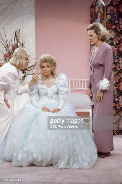 Alice Hirson Faith Ford and Frances Bergen star in an episode of 'Murphy Brown' the CBS television situation comedy program featuring topical current...