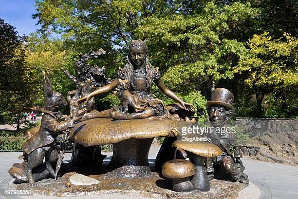 Alice in Wonderland Sculpture, de Central Park, Manhattan, Nueva York.