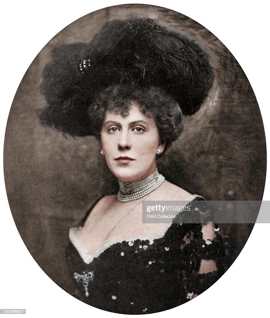 Alice Keppel, English socialite, 1906 (1964). : News Photo