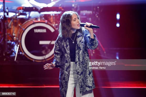Alice Merton performs on stage during the 1Live Krone radio award at Jahrhunderthalle on December 07 2017 in Bochum Germany