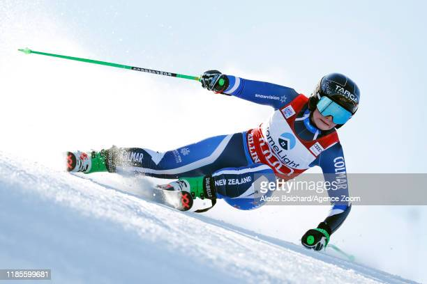 Alice Robinson of New Zealand in action during the Audi FIS Alpine Ski World Cup Women's Giant Slalom on November 30, 2019 in Killington USA.