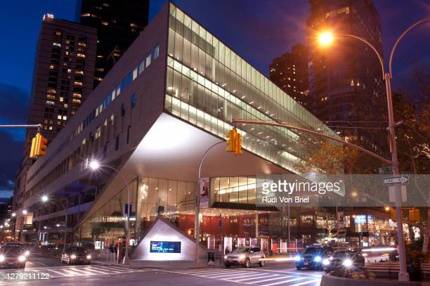 alice tully hall, part of the lincoln center performing arts center in new york city. - performing arts center stock pictures, royalty-free photos & images