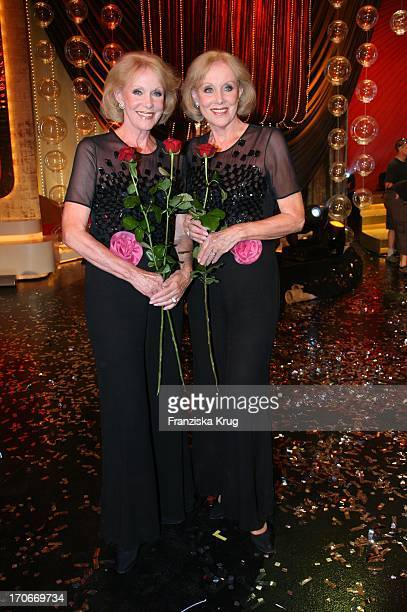 Alice Und Ellen Kessler In Der Ard Show Herzlichen Glückwunsch Die Michael_Schanze Jubiläumsgala In München