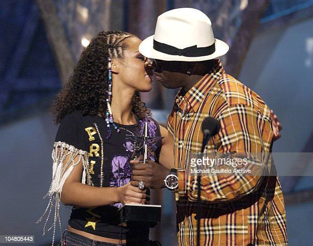 Alicia Keys accepts a kiss from Sean 'P Diddy' Combs for her winning Best New Artist
