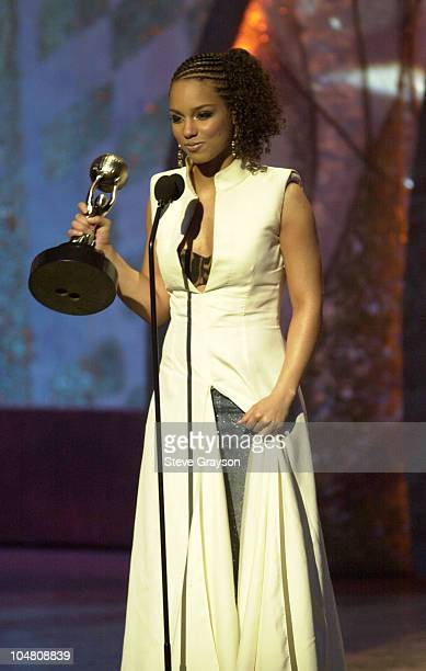 Alicia Keys accepts her award for Outstanding New Artist at the 33rd NAACP Image Awards at the Universal Amphitheater in Universal City California...