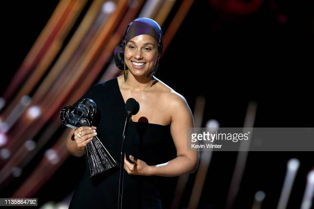 Alicia Keys accepts the iHeartRadio Innovator Award on stage at the 2019 iHeartRadio Music Awards which broadcasted live on FOX at the Microsoft...