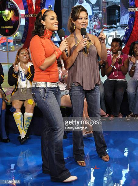 Alicia Keys and Vanessa Minnillo during Alicia Keys Eve and Bow Wow Visit MTV's 'TRL' September 22 2005 at MTV Studios in New York City New York...