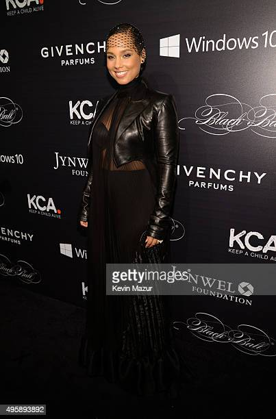 Alicia Keys attends Keep A Child Alive's 12th Annual Black Ball at Hammerstein Ballroom on November 5, 2015 in New York City.