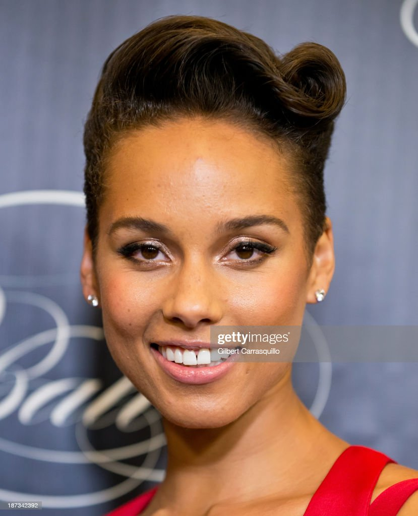 Alicia Keys attends the 10th annual Keep A Child Alive Black Ball at Hammerstein Ballroom on November 7, 2013 in New York City.