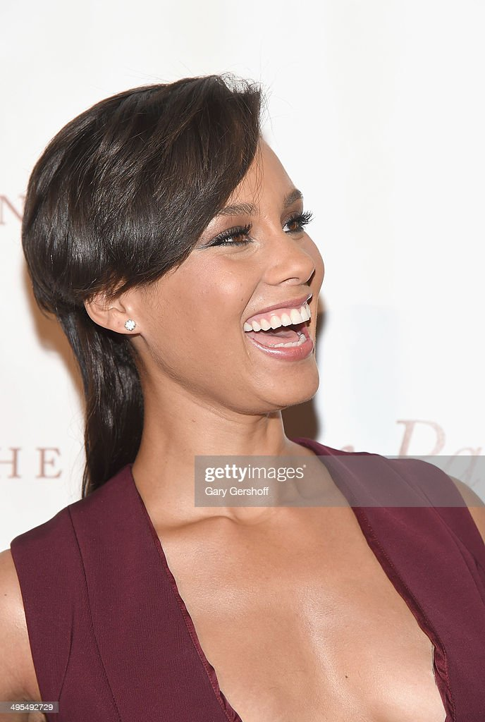 Alicia Keys attends the 2014 Gordan Parks Foundation Awards Dinner & Auction at Cipriani Wall Street on June 3, 2014 in New York City.