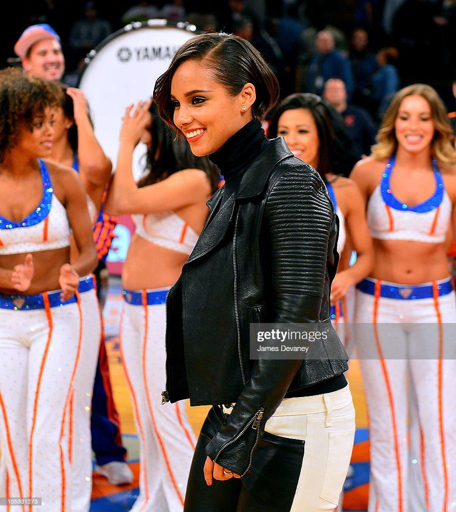 Alicia Keys attends the Miami Heat vs New York Knicks game at Madison Square Garden on November 2, 2012 in New York City.