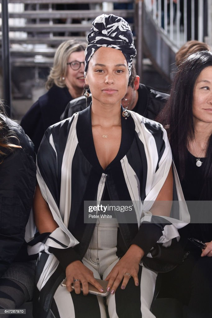 Alicia Keys attends the Rick Owens show as part of the Paris Fashion Week Womenswear Fall/Winter 2017/2018 on March 2, 2017 in Paris, France.