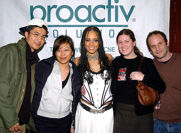Alicia keys ladies first tour sponsored by proactiv solution alicia keys backstage at the proactiv meet and greet m4hsunfo