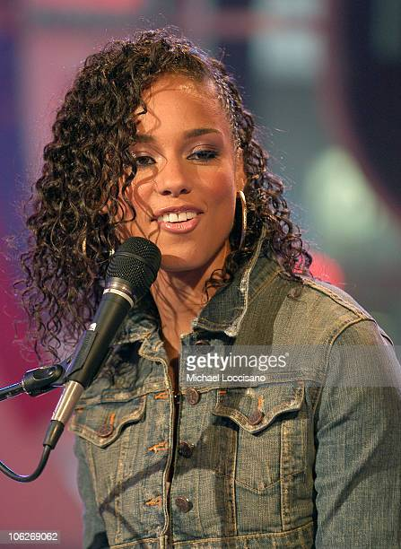 Alicia Keys during Alicia Keys And Fall Out Boy Visit MTV's 'TRL' October 11 2005 at MTV Studios Times Square in New York New York United States