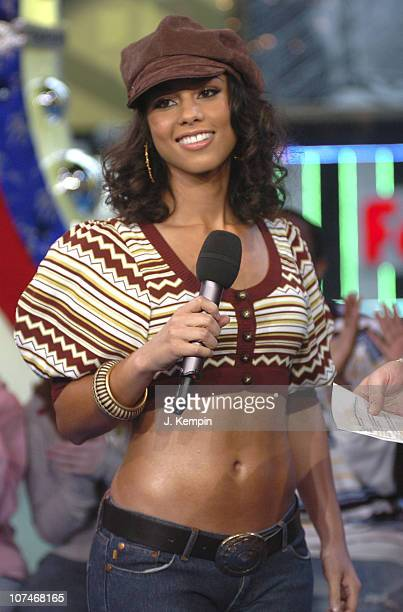 """Alicia Keys during Alicia Keys, Evangeline Lilly, Josh Lucas and the Cast of """"Glory Road"""" Visit MTV's """"TRL"""" - January 11, 2006 at MTV Studios - Times..."""