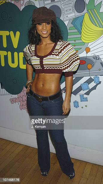 Alicia Keys during Alicia Keys Evangeline Lilly Josh Lucas and the Cast of 'Glory Road' Visit MTV's 'TRL' January 11 2006 at MTV Studios Times Square...