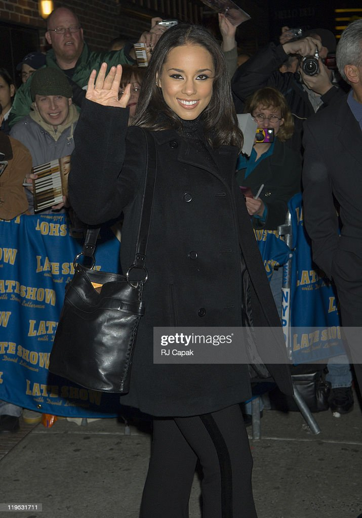 """Kiefer Sutherland, Alicia Keys and Andy Samberg Visit the """"Late Show with David Letterman"""" - January 12, 2006 : ニュース写真"""