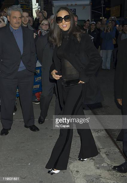 """Alicia Keys during Kiefer Sutherland, Alicia Keys and Andy Samberg Visit the """"Late Show with David Letterman"""" - January 12, 2006 at Ed Sullivan..."""