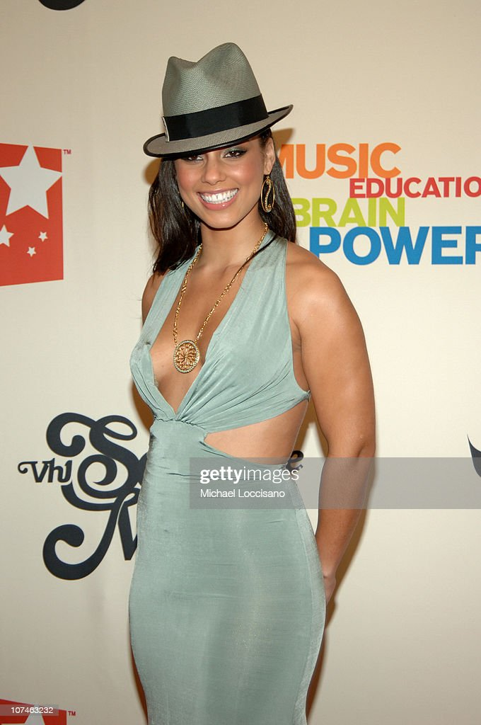 VH1 Save The Music: A Concert To Benefit The VH1 Save The Music Foundation - Arrivals : News Photo