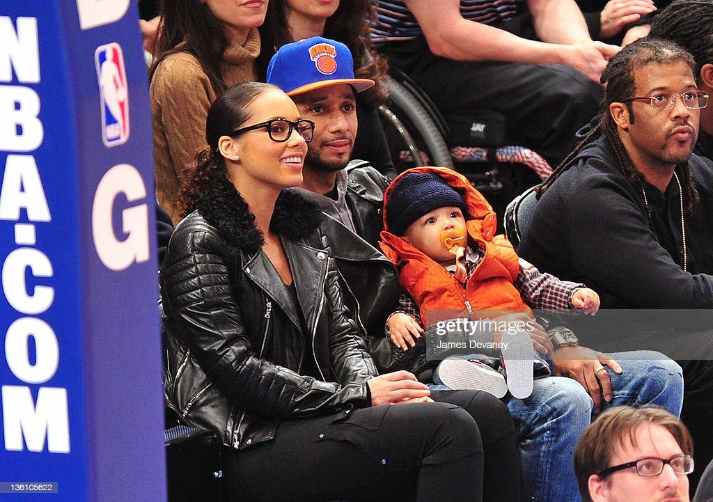 Celebrities Attend The Boston Celtics Vs The New York Knicks Game - December 25, 2011