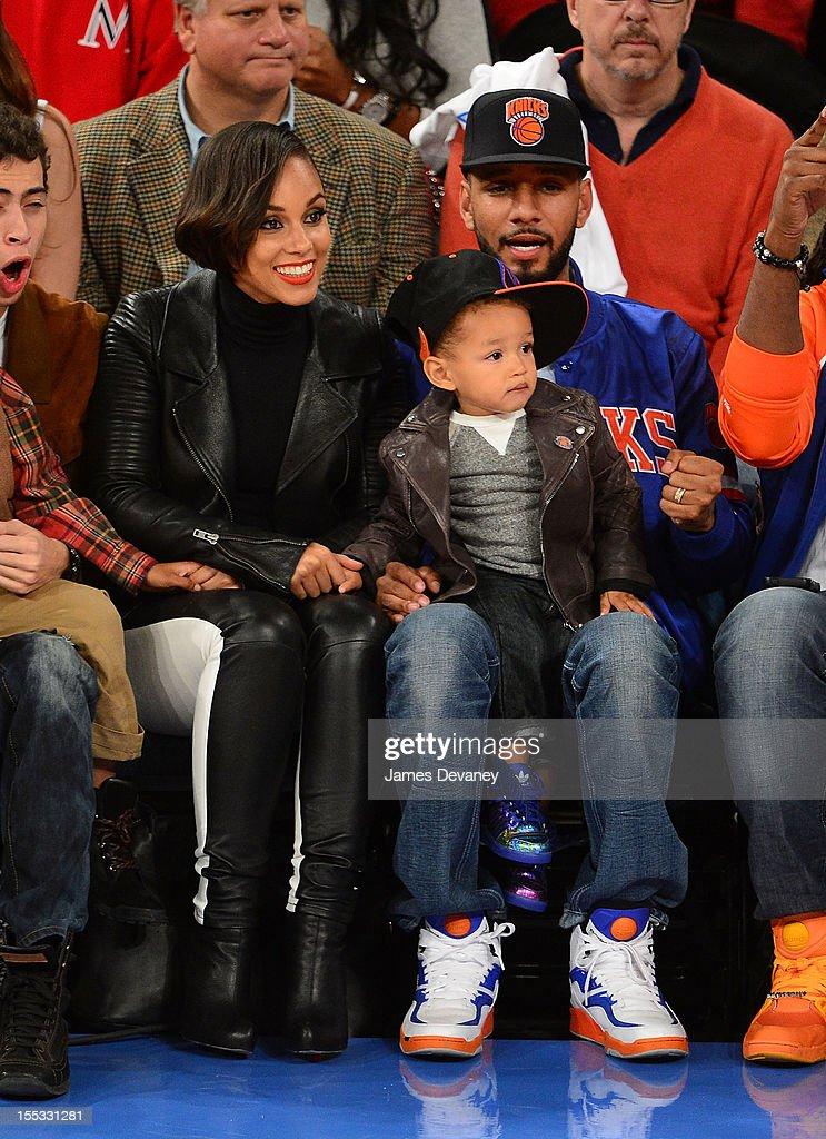 Alicia Keys, Egypt Dean and Swizz Beatz attend the Miami Heat vs New York Knicks game at Madison Square Garden on November 2, 2012 in New York City.