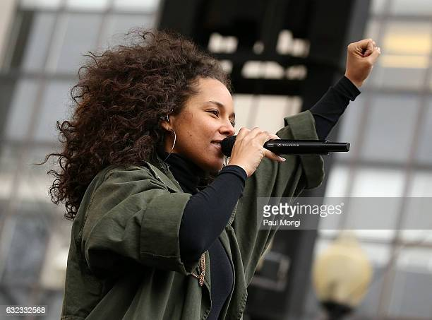 Alicia Keys peforms at the rally at the Women's March on Washington on January 21, 2017 in Washington, DC.