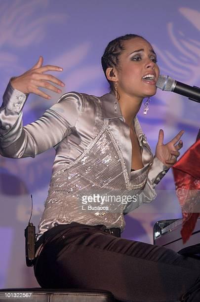 Alicia Keys Performance