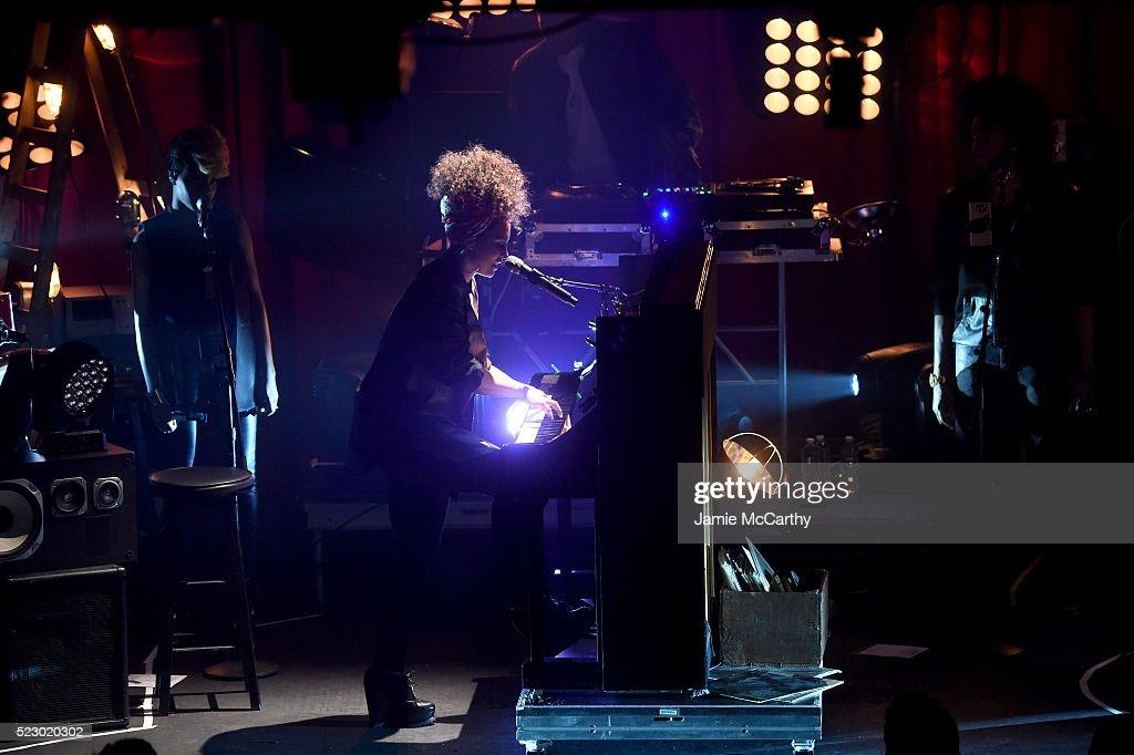 NY: Alicia Keys In Concert - 2016 Tribeca Film Festival