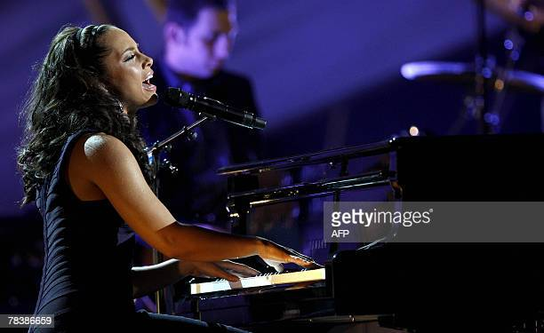 Alicia Keys performs at the Nobel Peace Prize Concert in honour of US Al Gore and the Intergovernmental Panel on Climate Change 11 December 2007 in...