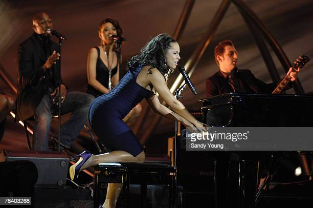 Alicia Keys performs at the Nobel Peace Prize Concert on December 11 2007 in Oslo Norway