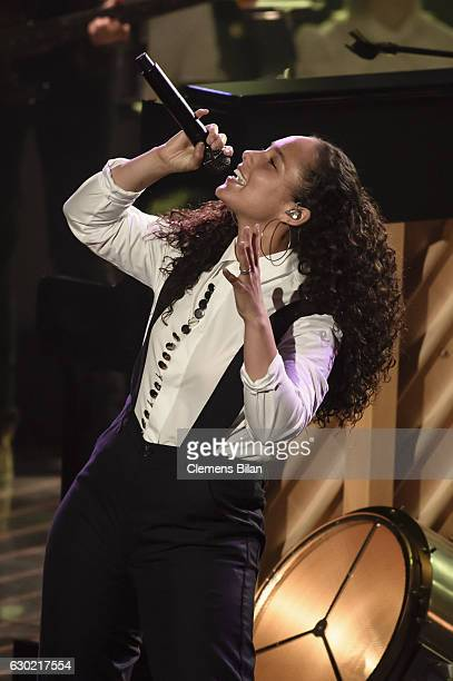 Alicia Keys performs during the ''The Voice Of Germany' Finals' on December 18 2016 in Berlin Germany