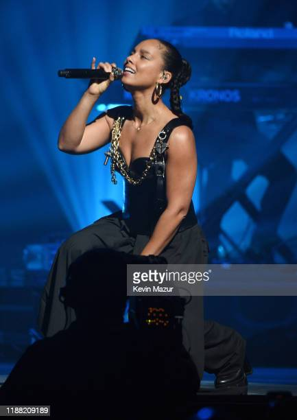 Alicia Keys performs live at the Shawn Carter Foundation Gala at Hard Rock Live in the Seminole Hard Rock Hotel Casino on November 16 2019 in...