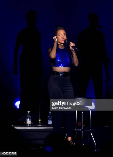Alicia Keys performs live for fans at Brisbane Entertainment Centre on December 13 2013 in Brisbane Australia