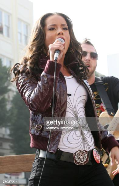 Alicia Keys performs on Hollywood Boulevard in support of the Writers Guild of America strike on November 20 2007 in Hollywood California