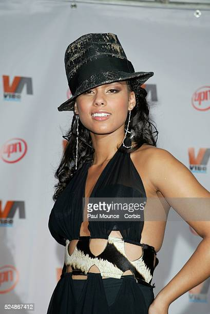 Alicia Keys poses in the press room at the Vibe Awards Beats Style Flavor The twohour special event celebrates excellence in urban music