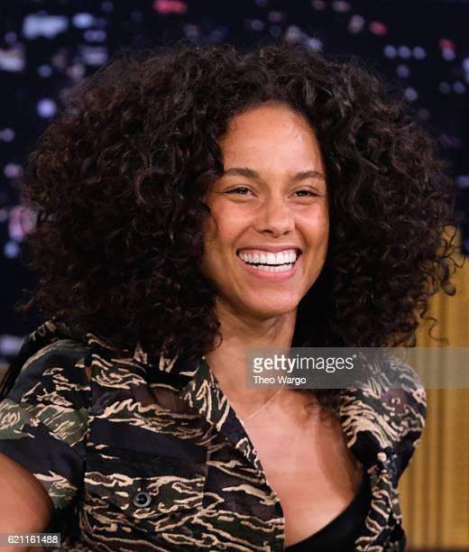 Alicia Keys Visits The Tonight Show Starring Jimmy Fallon at Rockefeller Center on November 4 2016 in New York City