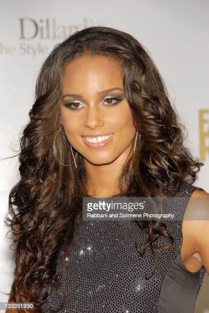 Alicia Keys wearing Calvin Klein Collection arrives at Conde Nast Media Group's 4th Annual Fashion Rocks At Radio City Music Hall