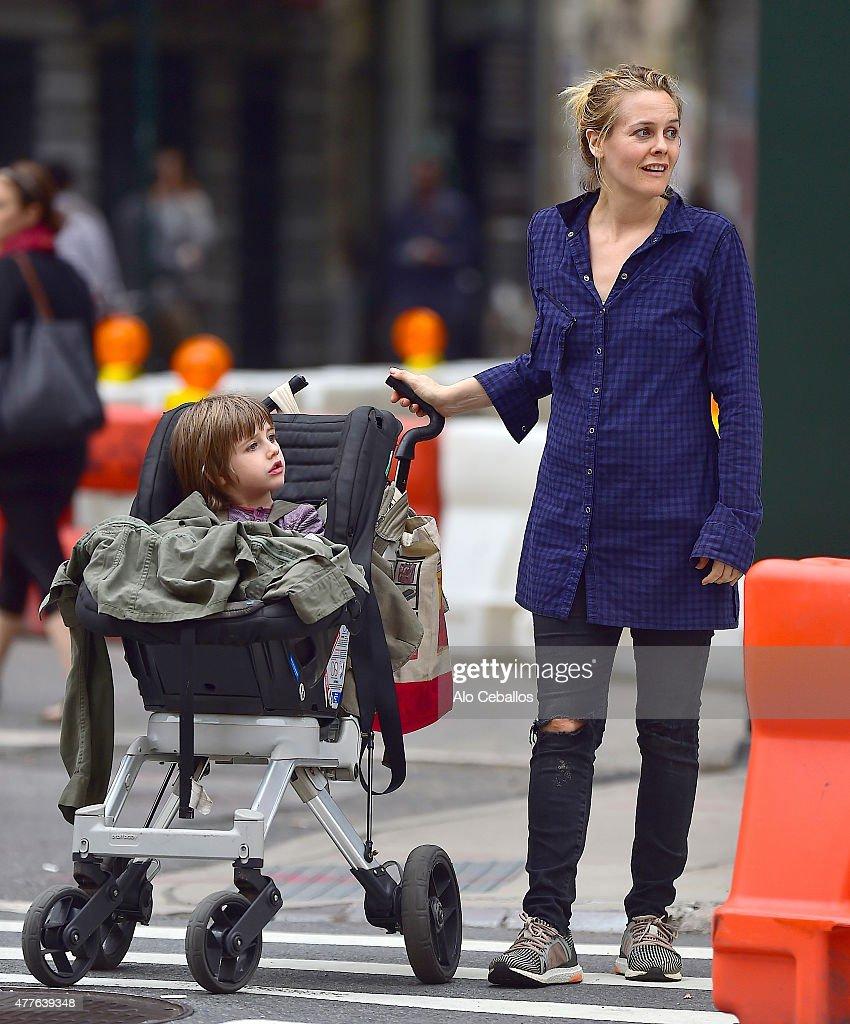 Celebrity Sightings In New York City - June 18, 2015 : ニュース写真