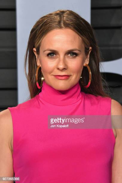 Alicia Silverstone attends the 2018 Vanity Fair Oscar Party hosted by Radhika Jones at Wallis Annenberg Center for the Performing Arts on March 4...