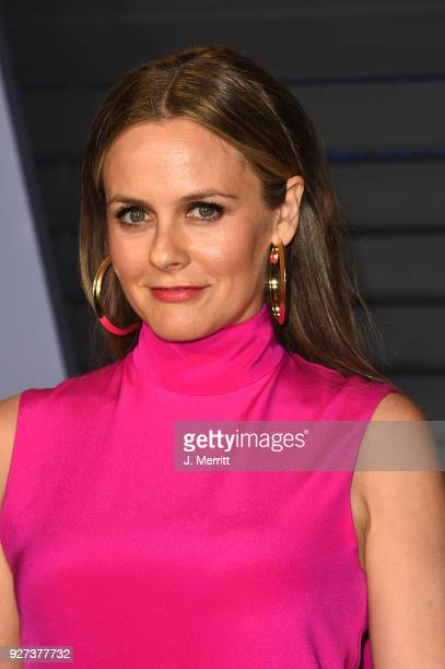 Alicia Silverstone attends the 2018 Vanity Fair Oscar Party hosted by Radhika Jones at the Wallis Annenberg Center for the Performing Arts on March 4...