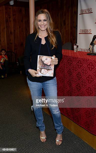 Alicia Silverstone promotes the new book 'The Kind Mamma' at Bookends Bookstore on April 14 2014 in Ridgewood New Jersey