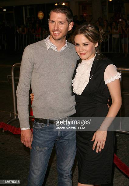 Alicia Silverstone right and husband Chris Jarecki